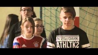 """""""Pas son genre ?"""" - Film écrit et réalisé par les élèves du Collège Les Pins d"""
