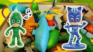 I Pj Masks Super Pigiamini e i Paw Patrol alla ricerca della mosca - Episodio con animali , giochi