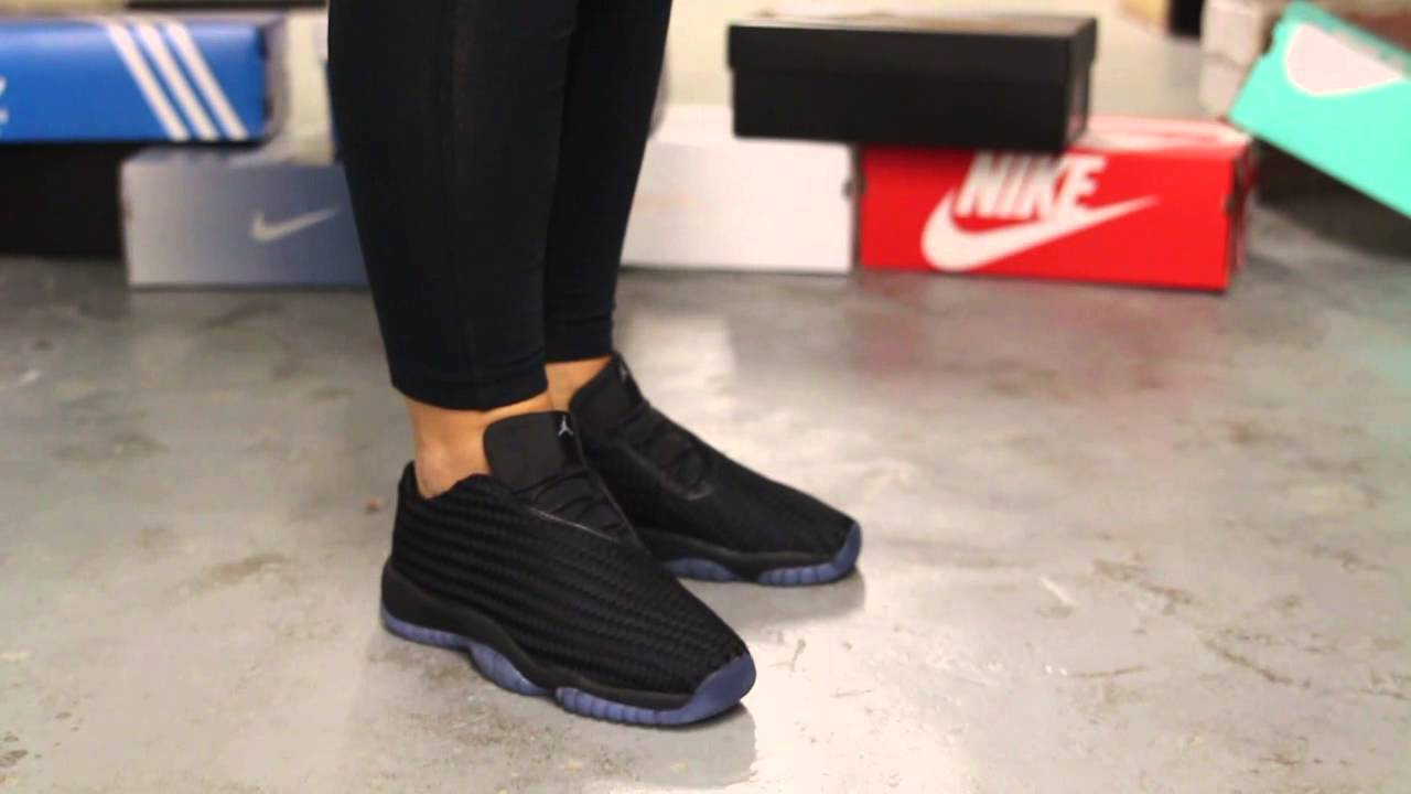 air jordan future low gs quotblackmetallic silverquot onfeet