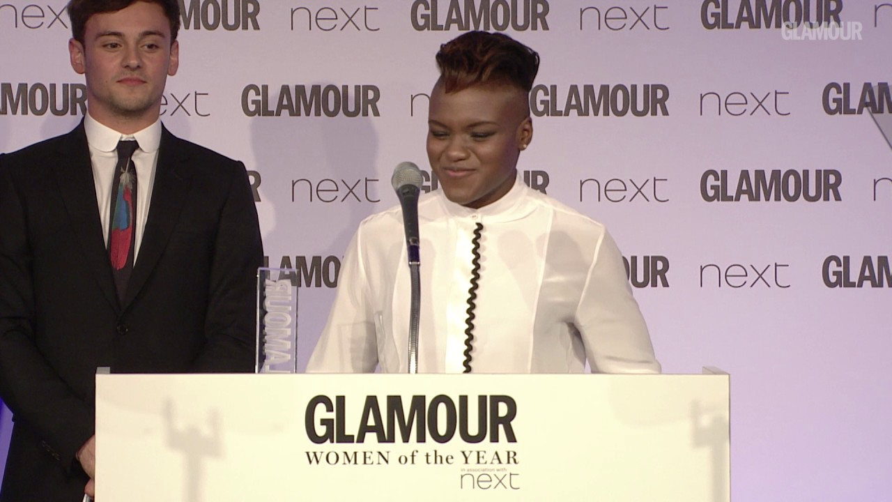 Tom Daley Presents Nicola Adams with Sportswoman Award | Women of the Year Awards 2017 | Glamour UK