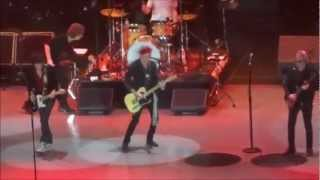 THE ROLLING STONES & ERIC CLAPTON, CHAMPAGNE - BILL WYMAN, HONKY TONK WOMEN, 2012 LONDON 02 ARENA
