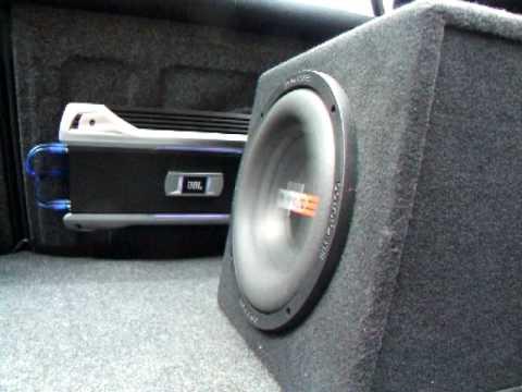 Powerbass S-10 & JBL GTO 1004e Bassotronic - Bass I Love You