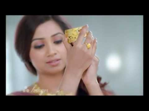 Shreya Ghoshal's Joyalukkas Ad in 5 Languages