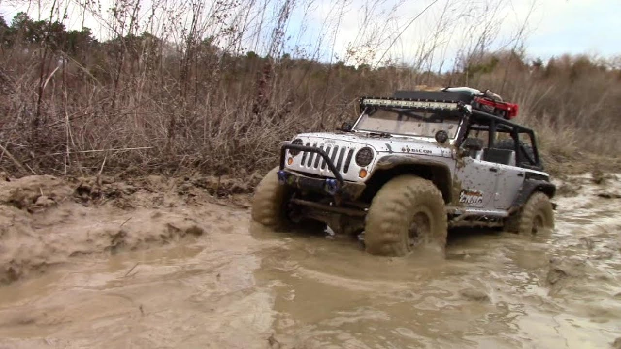 Axial Scx10 Jeep Wrangler Rubicon Journey To Find Mud