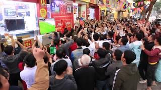 U23 Việt Nam vs U23 Qatar đá luân lưu 7p20s xe buýt dừng nhảy trong xe.