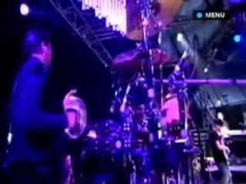 Mark Ronson - Glastonbury 2007 - God Put A Smile Upon...