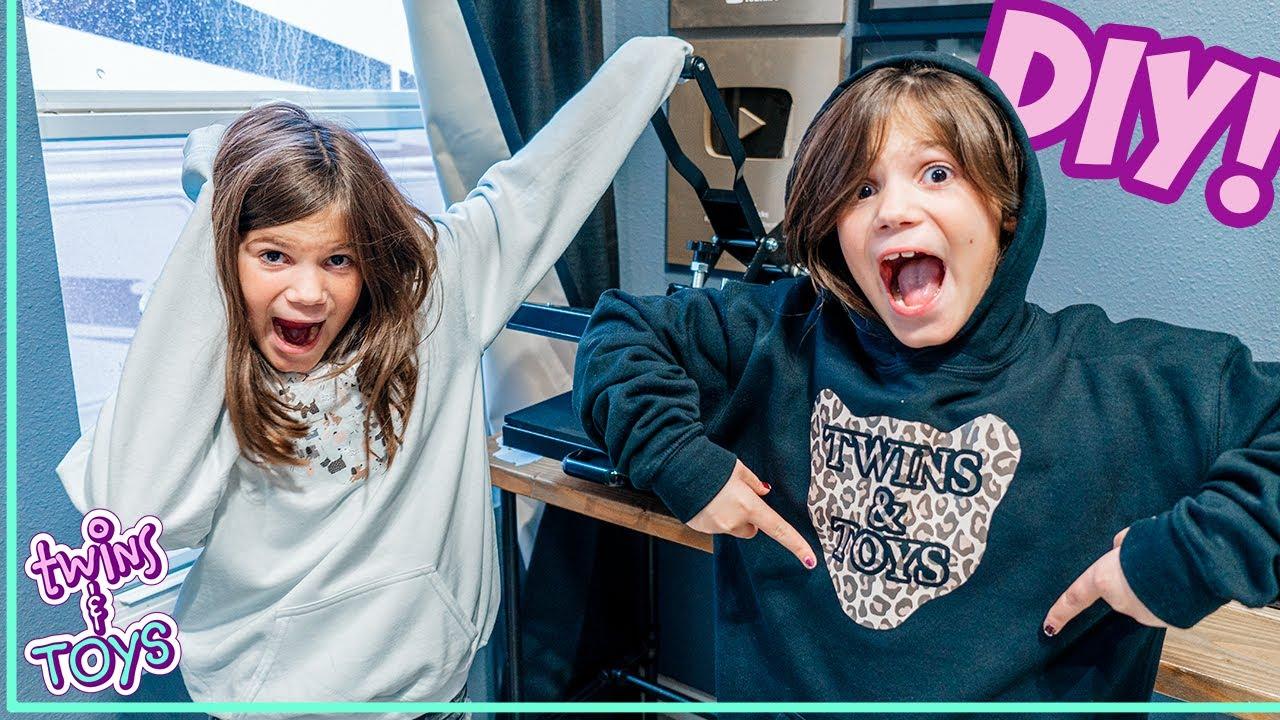 Twin Sisters Make DIY Custom Sweatshirts!