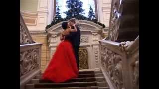 Видео свадьбы в декабре. Невеста на видео в красивом красном платье.