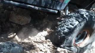 The River Rat ROCK CRAWLING WITH SUPER SWAMPERS SX II