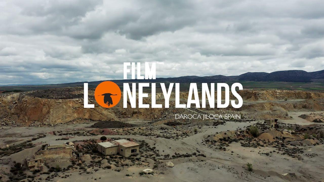 Vuelo sobre cantera abandonada / Flight over abandoned quarry