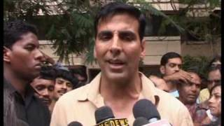 Bindaas Bollywood - Bollywood World - Akshay Kumar promotes Khatta Meetha