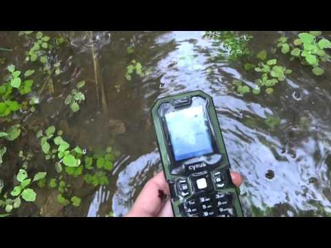 CYRUS CM5 - Outdoor-Handy im Schmutz- und Wassertest
