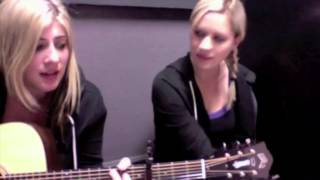 "Jill and Kate COVER ""Split Screen Sadness"" by John Mayer (October 2011)"