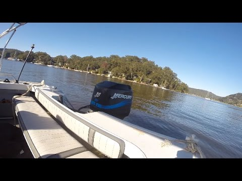 Beginner's guide to driving a small boat