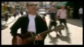 Joe Strummer And The Mescaleros Johnny Appleseed (subtitulado español)
