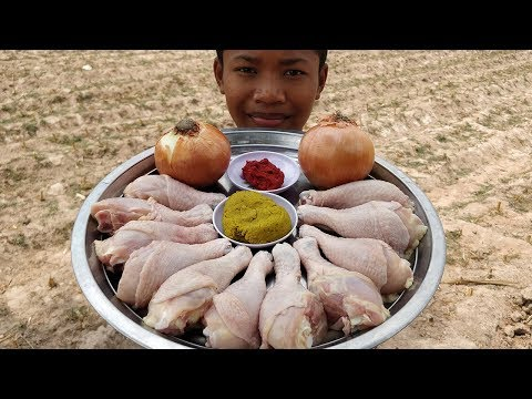 Delicious Cooking Chicken Leg With Onion / Fried Chicken Leg with Coconut Milk