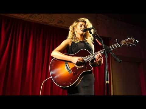 Tori Kelly - Beautiful Things (live at Bush Hall London) [HD]