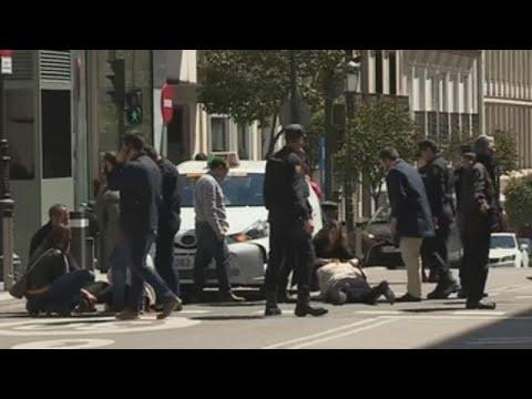 Dos heridas leves tras ser atropelladas por un taxi junto al Supremo