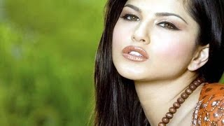 Sunny Leone upset with her boycott by Bollywood stars