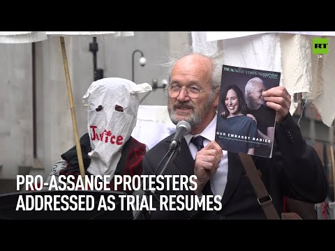 Pro-Assange protesters gather outside court as trial resumes