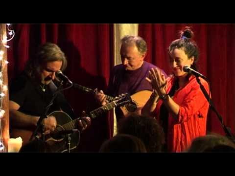 Maria Doyle Kennedy feat. Donal Lunny and Kieran Kennedy @RubySessions