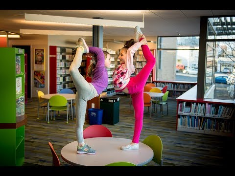My Daughter Takes the 10 Minute Photo Challenge in a Public Library (with Elliana Walmsley)