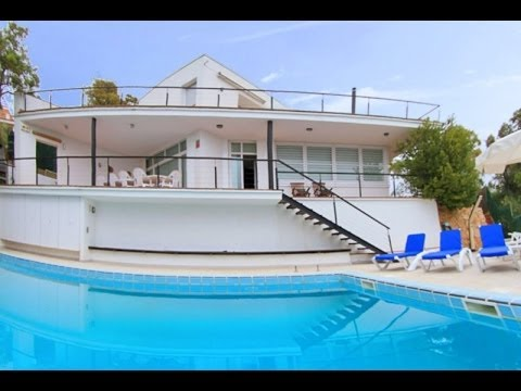 Costa brava villa moderne avec piscine prive youtube for Image maison moderne villa