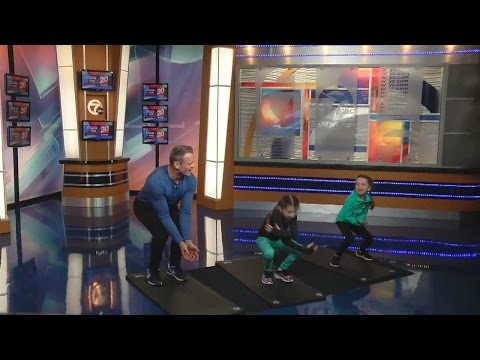 Personal trainer shares workout tips for parents and kids to do at home