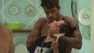 De Férias Com o Ex Brasil - André tira uma casquinha de Keroline
