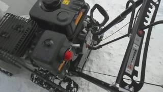 видео Снегоуборочные машины бензиновые для дома, цены