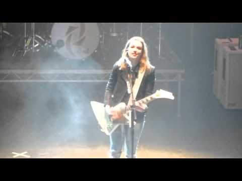 Halestorm - Hate It When You See Me Cry (Manchester o2 Apoll