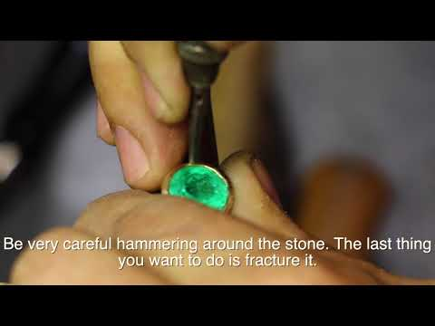 How to bezel set Emerald Gemstone in Gold ring setting