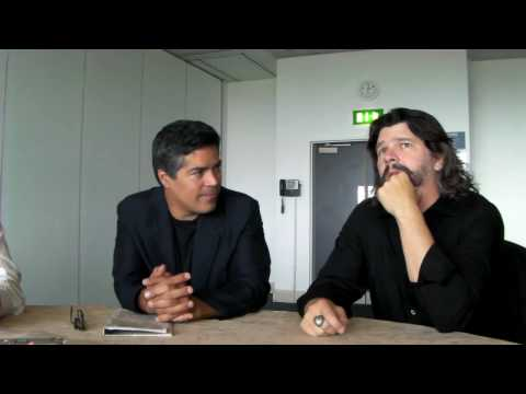 MCM Expo London - Ron D. Moore and Esai Morales Interview