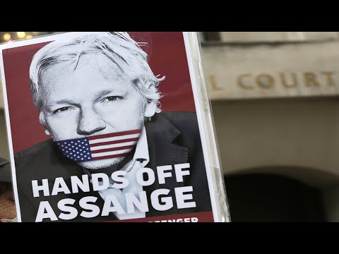 Legendary whistleblower Daniel Ellsberg testifies at Assange extradition hearing