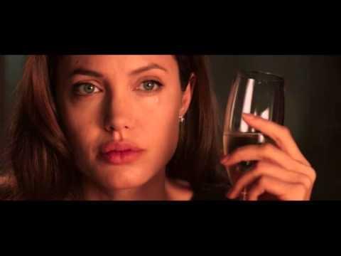 Клип 'Я люблю тебя до слез' и 'Мистер и миссис Смит' - Видео онлайн