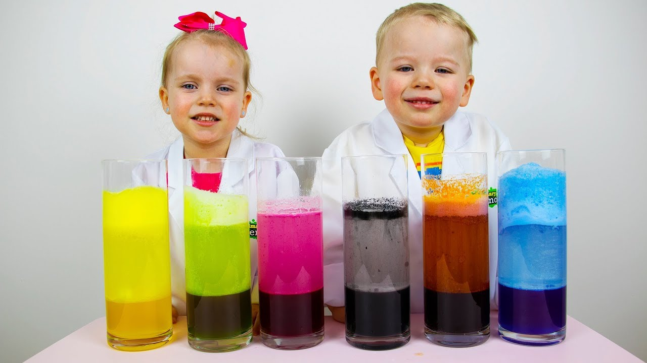 Gaby and Alex doing Lava Lamp Science Experiment and Learns colors
