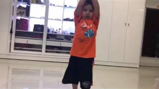 Kubi 3 tuổi rất mê dancesport, nhảy lóng ngóng cực đáng yêu | Khánh Thi - Phan Hiển