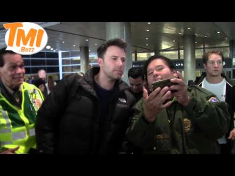 Ben Affleck, The New Batman, Is A Crowd-Pleaser At LAX