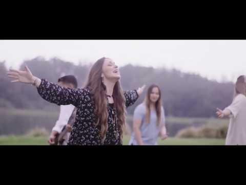 'ADORACIONES No hay lugar más alto' feat Christine D'Clario  Miel San Marco Marcos brunet