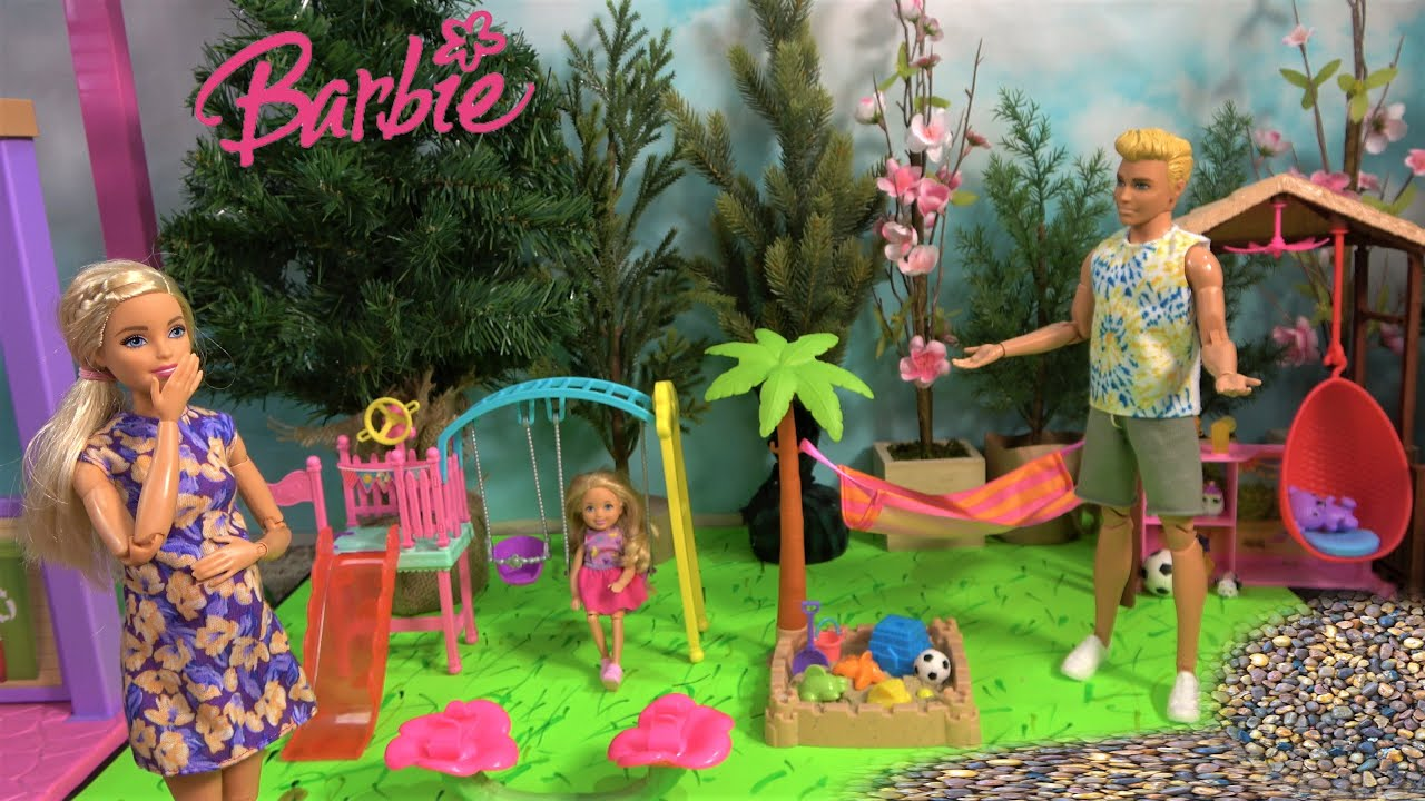 Download Barbie Expecting Baby Story in Barbie Dream House: Ken and Barbie Sister Chelsea Building Playground