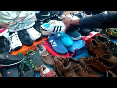 CHOR BAZAAR-[MUMBAI] | Shoes and electronics In cheap prices, Dedh galli/ kamathipura  | [vlog #02]