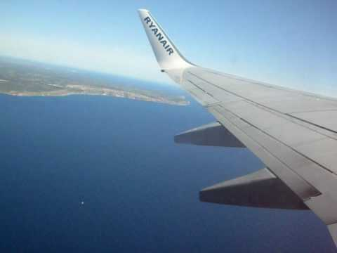 Ryanair takeoff from Palma de Mallorca PMI to Weeze airport NRN - YouTube