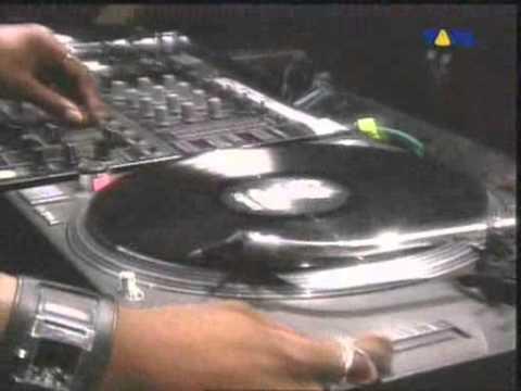 DJ Rush & Dr. Motte - Live @ Love Parade 2002.