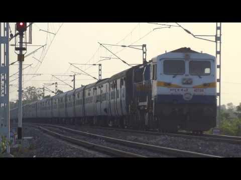 ET WDP4D 12792 Danapur-Secunderabad Superfast Express : Indian Railways