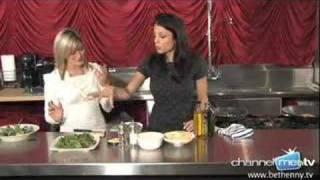 Bethenny Bakes: Bethenny Frankel Shares Her Recipe For Fresh And Easy Arugula Salad