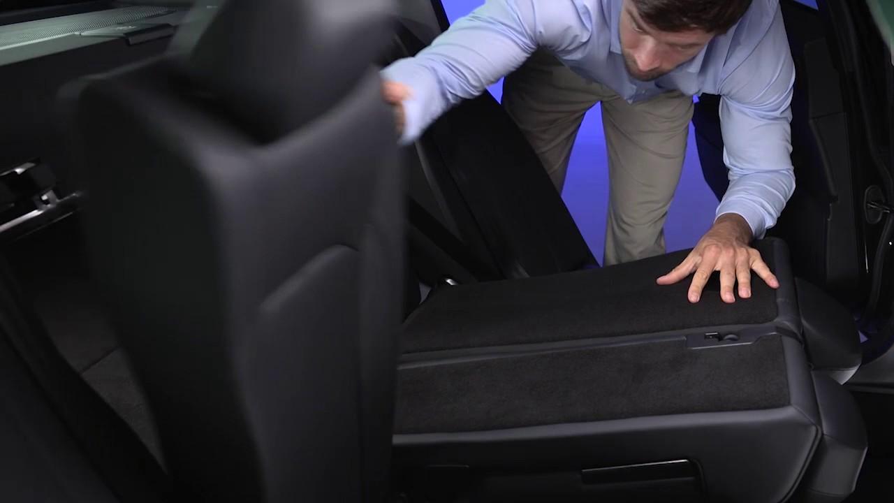 Folding Rear Seats 2018 Giulia Alfa Romeo Usa Youtube