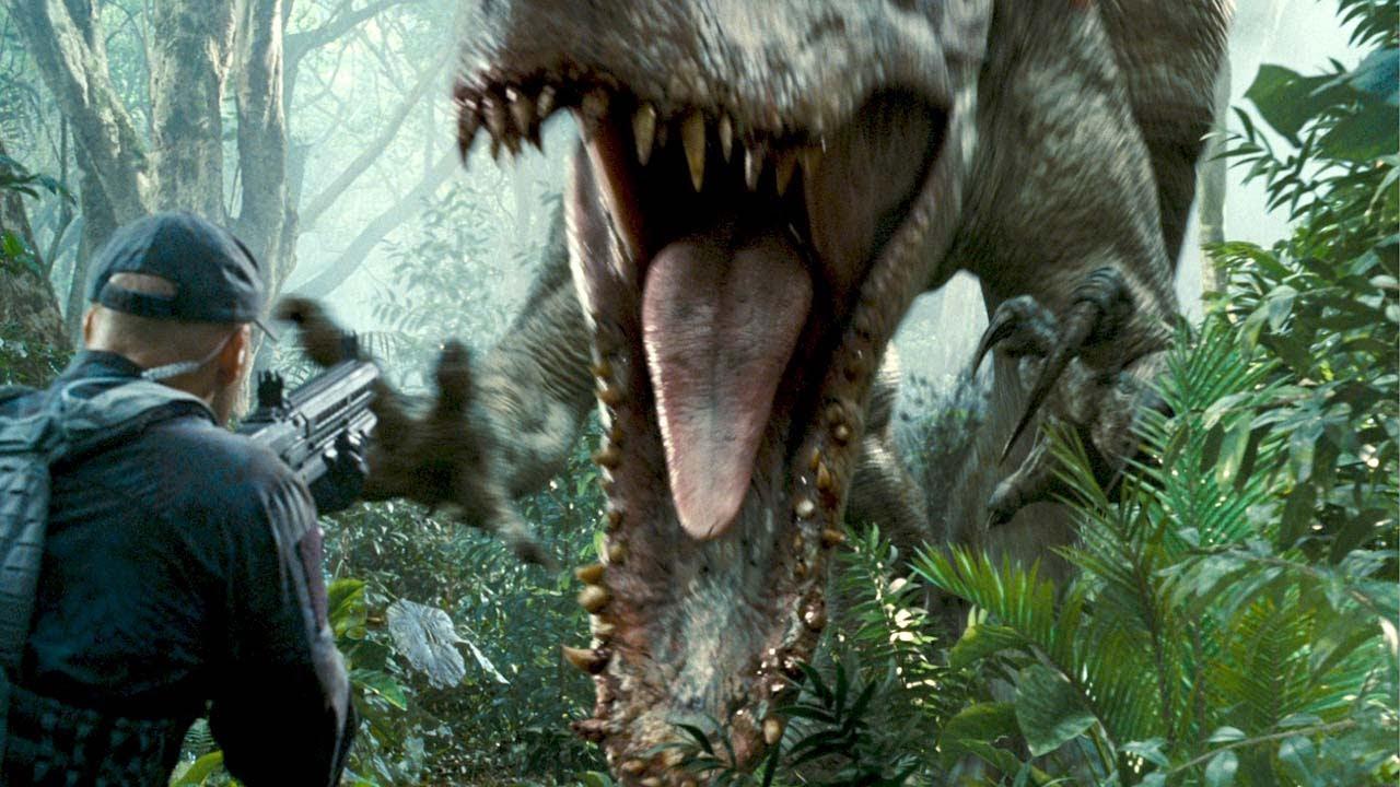 Indominus Rex Will It Devour The T Rex Jurassic World Youtube