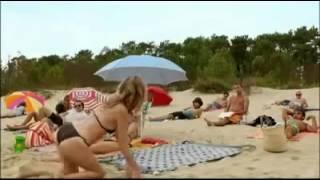 прикол на пляже голый прикол