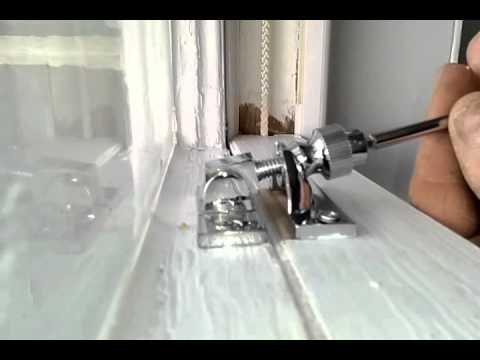 How to use a Brighton sash locking fitch