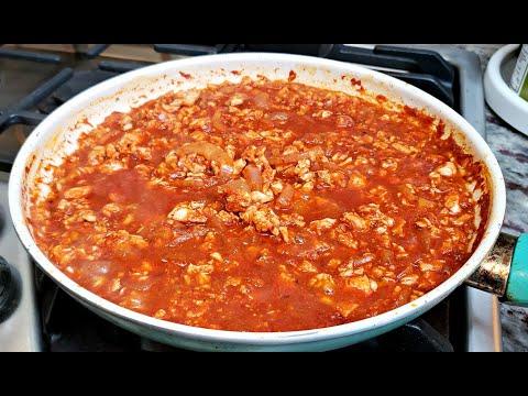 Easy Chicken Tinga Recipe | Mexican Style Spicy Chicken Recipe | Tinga De Pollo